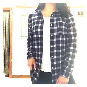 Rue21 Navy Blue/White Plaid Button Down Shirt